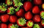 Parliament responds to the strawberry contamination crisis