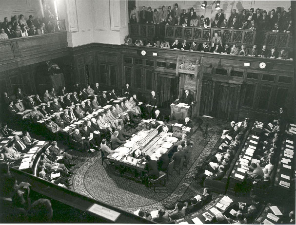Joint sitting of the houses of the Australian Parliament in August 1974