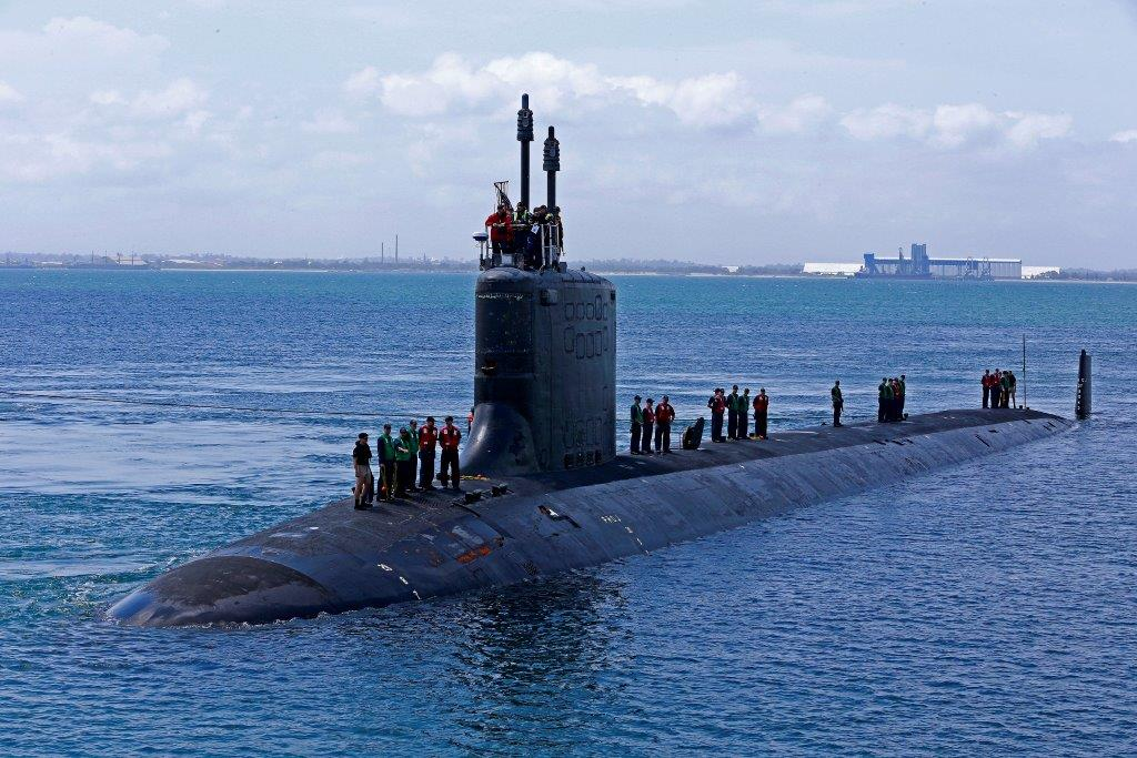 USS Hawaii, a Virginia Class United States Submarine makes her way to berth at Diamantina Pier, HMAS Stirling, WA.
