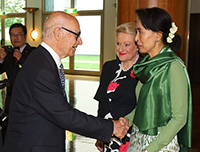 Aung San Suu Kyi meets Romaldo Giurgola AO, principal design architect of the Parliament House building